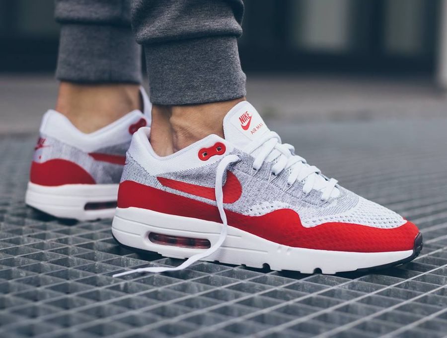 nike air max one rouge et blanche