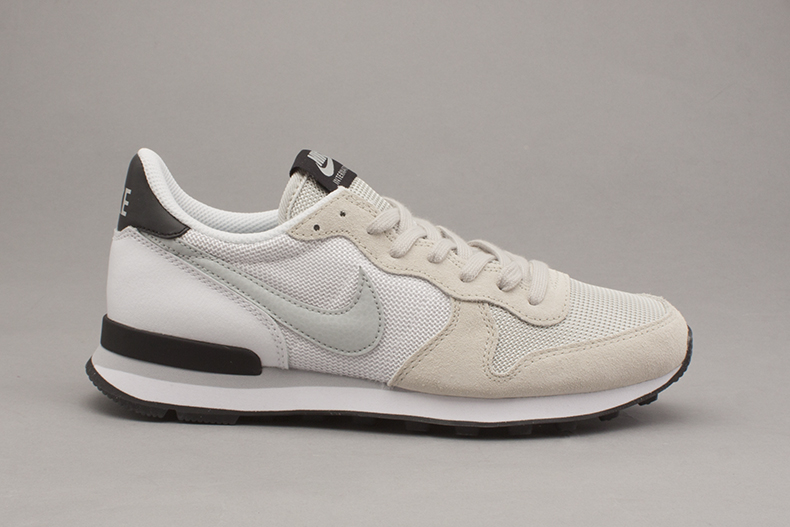 good quality nice cheap lower price with coupon nike internationalist beige noir bf492 d8d2f