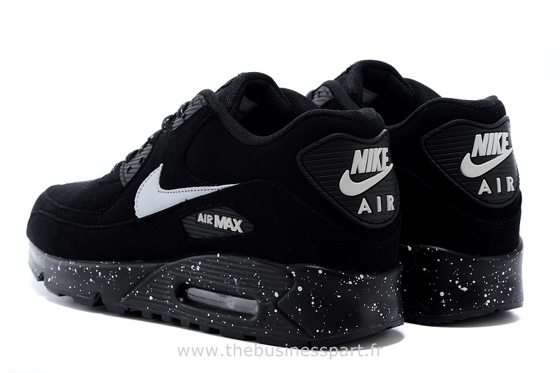 chaussure pas cher nike