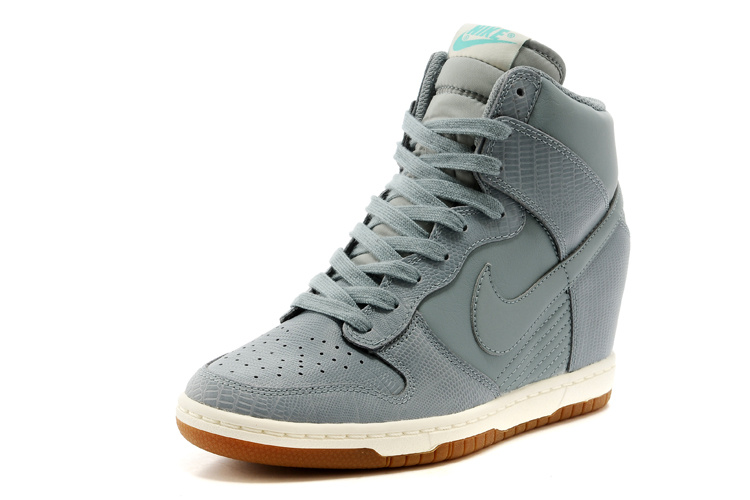 release info on lower price with buy cheap netherlands nike dunk femmes or ce43c 30165