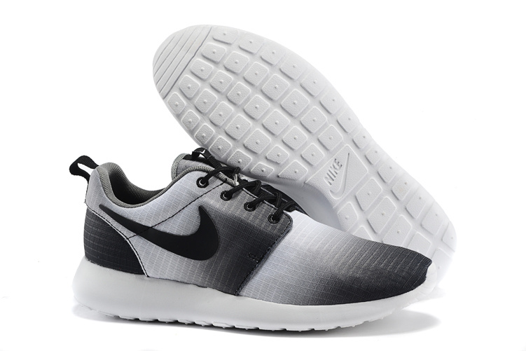 new design super specials details for nike roshe solde