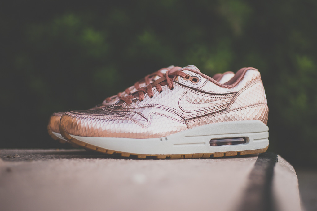 air max 1 rose gold